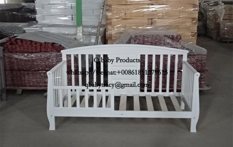 Toddler bed 109