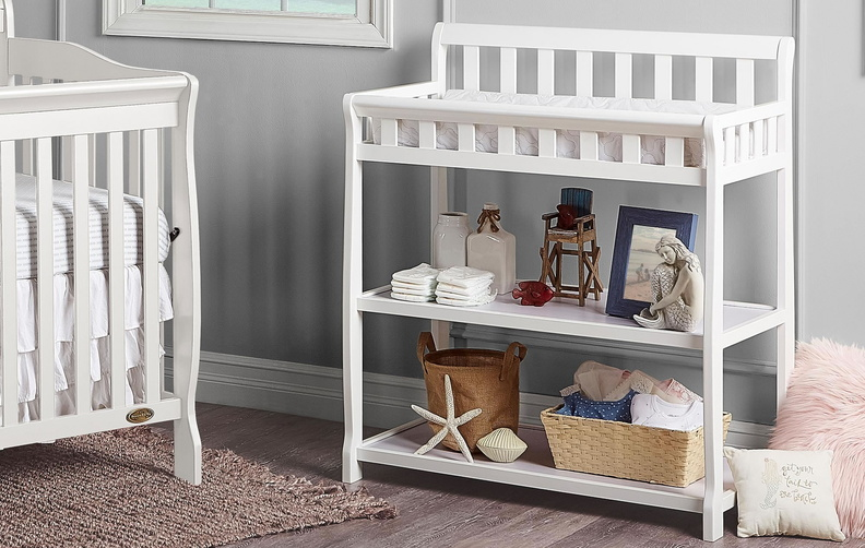 baby changing table 604